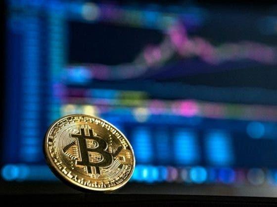 Bitcoin cierra 2020 con su mayor racha mensual y el máximo valor de su historia