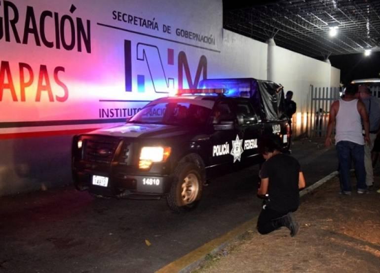 d5362586c ... un grupo de aproximadamente mil 200 centroamericanos que estaban en la  estación migratoria Siglo XXI de Tapachula, Chiapas, se escaparon del  albergue.